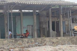 Thâm nhập 'bãi đáp' giá rẻ cho khách làng chơi ở ven biển Nghệ An