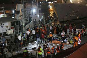 Rơi máy bay Lion Air: Các mảnh thi thể nạn nhân được đưa tới bệnh viện