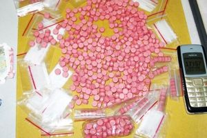 Cùng nhau 'phá' các xưởng ma túy tổng hợp