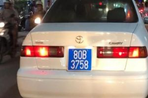 Người lái ô tô biển xanh 80B giả, hú còi inh ỏi là cán bộ đơn vị nào?