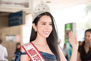 Huỳnh Vy rạng rỡ trở về sau đăng quang Miss Tourism Queen Worldwide
