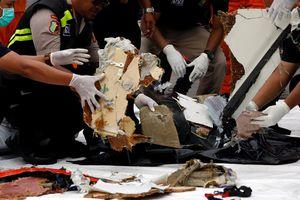 Nhân chứng vụ máy bay Indonesia rơi nói gì?