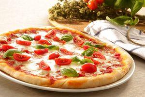 Cách làm pizza ngon như ngoài hàng 'dễ nhất quả đất' chỉ bằng nồi cơm điện, ai ăn cũng nghiện