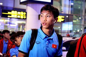Hình ảnh tuyển Việt Nam trở về sau chuyến tập huấn tại Hàn Quốc