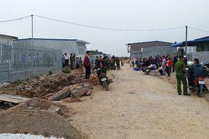 Giang hồ 'xâu xé' đất quốc phòng: Chính quyền dựng rào ngăn tái chiếm