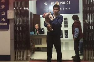 Chồng đem bán con khi đứa bé vừa tròn 10 ngày tuổi chỉ vì một lý do không ngờ khiến ai cũng phẫn nộ