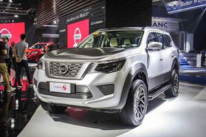 Vừa 'dạm ngõ' thị trường Đông Nam Á, Nissan Terra có thêm phiên bản mới