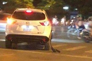 Thông tin mới nhất vụ tài xế taxi bị xe Mazda CX5 chèn qua người