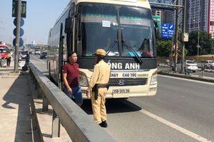 Hà Nội kiến nghị điều chỉnh lộ trình 140 tuyến xe khách 'quá cảnh'