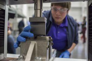 Ford sử dụng vật liệu graphene để giảm tiếng ồn