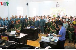 Xét xử 30 đối tượng gây rối trước UBND tỉnh Bình Thuận