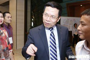 Bộ trưởng Nguyễn Mạnh Hùng: 'Mạng xã hội không còn ảo nữa, không nên bỏ trống trận địa này'