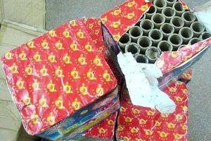 Sang Lào mua pháo hoa về Việt Nam tiêu thụ