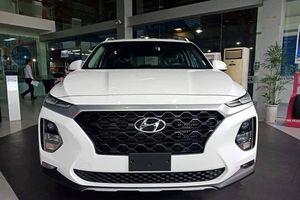 Hyundai Santa Fe 2019 về đại lý đầu tháng 11, lộ giá dự kiến từ 1,1 tỷ đồng