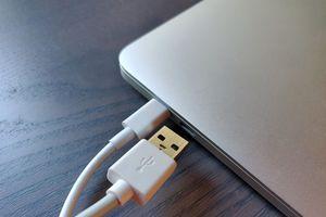 Gửi Apple, đã đến lúc dùng cổng USB Type-C cho iPhone