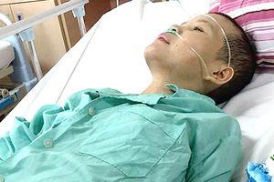 Mẹ ung thư, 3 con bơ vơ