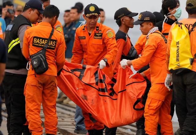 Những phút cuối của hành khách trên chuyến bay Lion Air gặp nạn