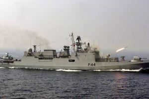 Ấn Độ mua 2 tàu khu trục tàng hình của Nga