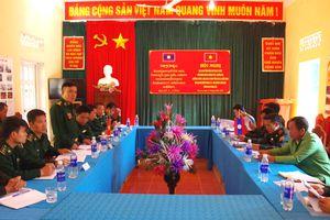 Giao ban quý 3 giữa các đơn vị BĐBP Sơn La và Bộ Chỉ huy Quân sự tỉnh Hủa Phăn (Lào)