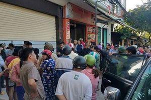 'Đột kích' quán karaoke phát hiện hàng chục thanh niên phê bay lắc