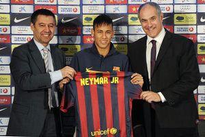 Ngôi sao Neymar đối mặt với án 6 năm tù
