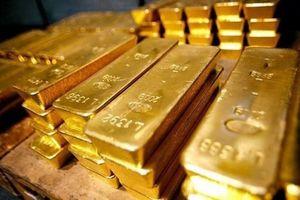 Đầu tháng, giá vàng tiếp tục giảm xuống mức thấp
