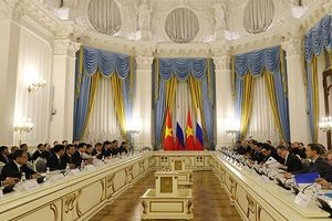 Lãnh đạo Petrovietnam tháp tùng Phó Thủ tướng Trịnh Đình Dũng tham dự Khóa họp lần thứ 21 Ủy ban Liên Chính phủ Việt Nam – Liên bang Nga