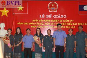 Bế giảng lớp bồi dưỡng nghiệp vụ kiểm sát cho học viên nước CHDCND Lào