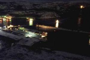 Tàu sân bay Nga bị hỏng vì sập bệ đỡ, đổ cần trục