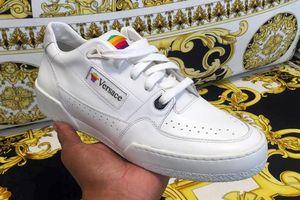 Kết hợp nhà mốt Versace, Apple chuẩn bị ra mắt sneaker cho cộng đồng LGBT?