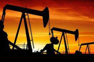 Giá dầu 'bốc hơi' gần 11% trong tháng 10