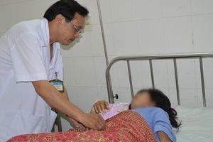 Bóc thành công khối u xơ 'khủng' ra khỏi người nữ bệnh nhân ở Cần Thơ