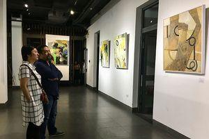 Lão họa sỹ Việt kiều nhớ về những 'Sắc màu chốn quê xa'