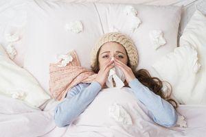 Dấu hiệu phân biệt bệnh cúm và cảm lạnh
