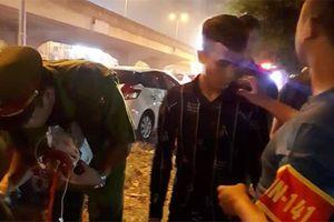 Thanh niên giấu ma túy trong ví nhưng không thể 'qua mặt' được 141