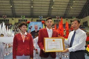 Quảng Bình: Thưởng 30 triệu đồng cho 'kình ngư' Nguyễn Huy Hoàng