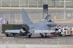 J-10B đã vượt mặt Su-35S về độ cơ động?