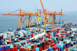 Hàng hóa thông qua cảng biển tăng mạnh