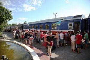 Đường sắt giảm giá vé cho giáo viên và lực lượng vũ trang
