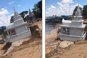 Chùa Phật giáo chìm dần xuống sông ở Campuchia