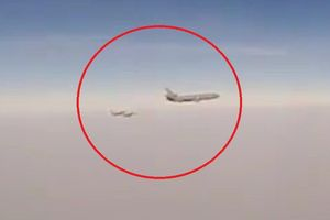 Chiến đấu cơ Nga ngặn chặn 3 máy bay Mỹ, Pháp trên bầu trời Syria