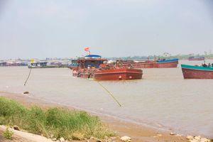 Cát tặc hoành hành ở Thái Bình, người dân kêu cứu, chính quyền vẫn 'thờ ơ'?
