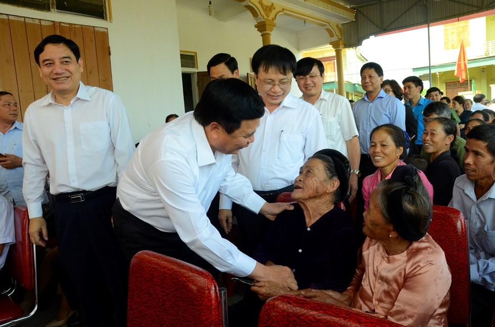 Bí thư Trung ương Đảng Nguyễn Xuân Thắng dự Ngày hội Đại đoàn kết tại Nam Đàn