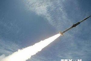 Liên quân Arab tấn công căn cứ không quân do Houthi kiểm soát