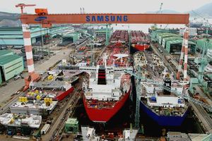 Ngành đóng tàu Hàn Quốc trở lại vị trí số 1 thế giới về đơn hàng