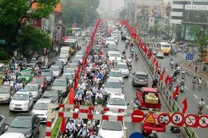 Chính phủ đồng ý thu phí phương tiện vào nội đô Hà Nội