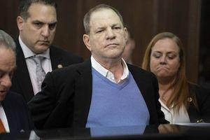 'Ông trùm Hollywood' Harvey Weinstein điêu đứng vì scandal tình dục