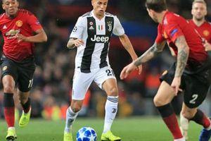 Juventus hồi đáp Man Utd về thương vụ 40 triệu euro và cả vụ Pogba