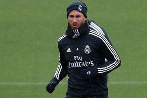 'Tự vả vào miệng mình', Ramos khiến nội bộ Real lục đục