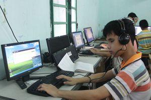 Hơn 13.000 người mù được vay vốn tạo việc làm